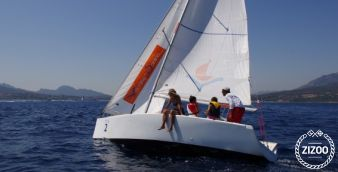 Sailboat Beneteau 25 Platu 2000