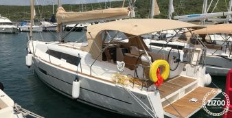 Sailboat Dufour 382 Grand Large (2017)