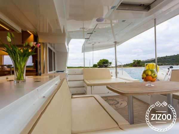 Catamarano Lagoon 450 Luxury (2016)-4