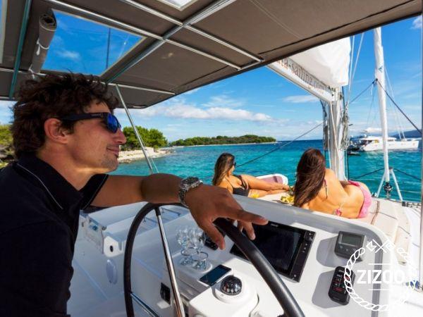 Catamarano Lagoon 450 Luxury (2016)-2