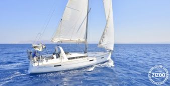 Sailboat Beneteau Oceanis 45 2015