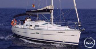 Sailboat Beneteau Oceanis 323 2005