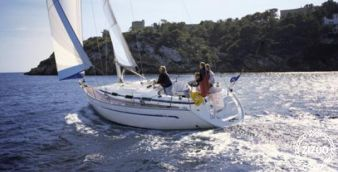 Sailboat Bavaria 36 2004