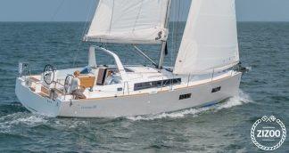Sailboat Beneteau Oceanis 38.1 2018