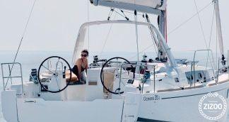 Sailboat Beneteau Oceanis 35.1 2018