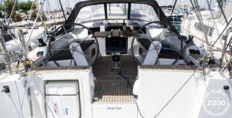 Sailboat Hanse 415 2017