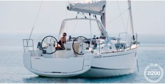 Sailboat Beneteau Oceanis 35.1 (2018)