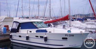 Motor boat Delphia 1050 2012
