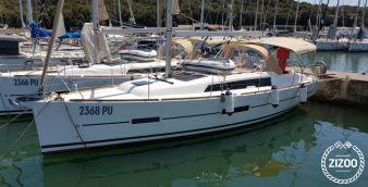 Sailboat Dufour 382 Grand Large (2017)