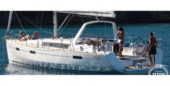 Sailboat Beneteau Oceanis 45 2013