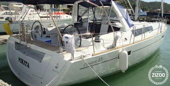 Sailboat Beneteau Oceanis 45 (2013)