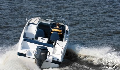 Speedboat Galia 700 (2014)