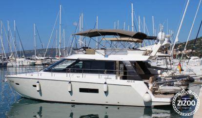 Barco a motor Sealine F450 (2012)