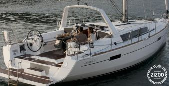 Sailboat Beneteau Oceanis 41 2016