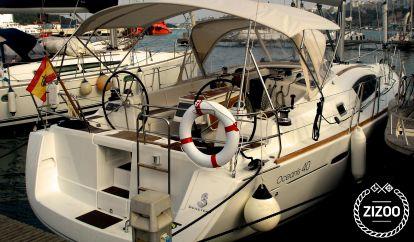 Sailboat Beneteau Oceanis 40 (2011)