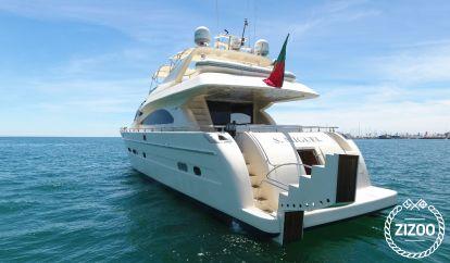 Barco a motor Astondoa 82 (2002)