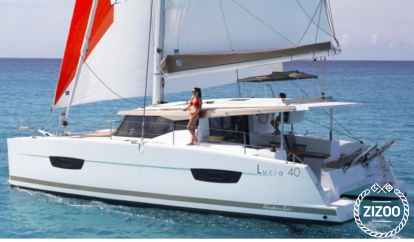 Catamarano Fountaine Pajot Lucia 40 (2016)