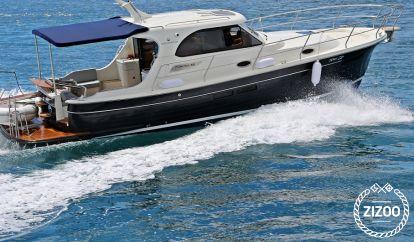 Imbarcazione a motore Adriana 36 (2016)