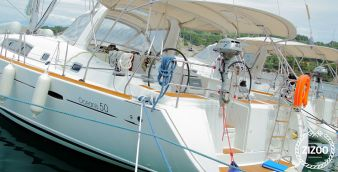 Sailboat Beneteau Oceanis 50 (2012)