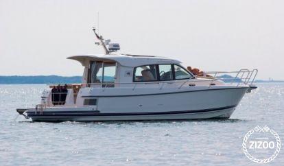 Motor boat Nimbus 365 Coupé (2018)