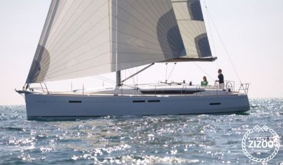 Sailboat Jeanneau Sun Odyssey 449 (2016)