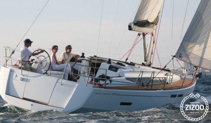 Sailboat Jeanneau Sun Odyssey 409 (2014)