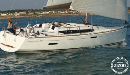 Sailboat Jeanneau Sun Odyssey 379 (2014)