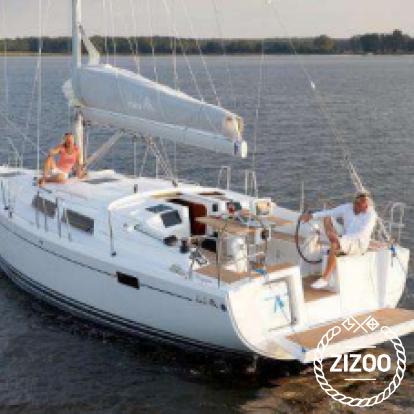 Sailboat Hanse 385 (2015)