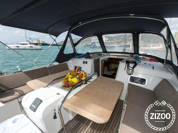 Sailboat Jeanneau Sun Odyssey 509 (2014)-4