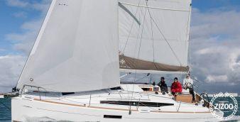 Sailboat Jeanneau Sun Odyssey 349 (2019)