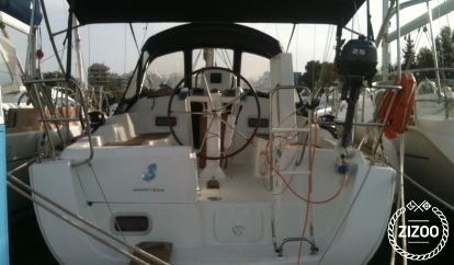 Sailboat Beneteau Oceanis 31 (2009)