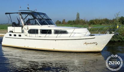 Barco a motor Aqualine 35 (2004)