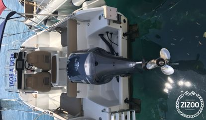 Lancha motora Jeanneau Cap Camarat 7.5 CC (2013)