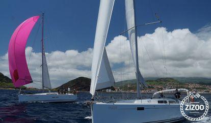 Sailboat Hanse 385 (2013)