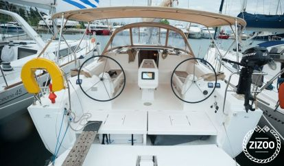 Sailboat Dufour 410 Grand Large (2015)