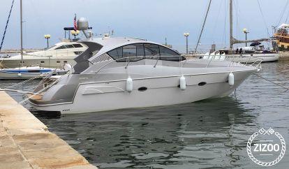 Barco a motor Mirakul 40 (2019)