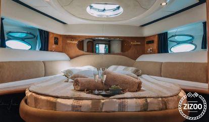 Motor boat Cranchi Atlantique 48 (2006)