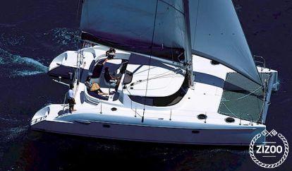 Catamaran Fountaine Pajot Lavezzi 40 (2004)