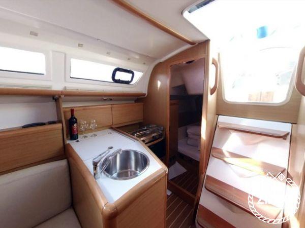 Barca a vela Jeanneau Sun Odyssey 30 i (2009)-1