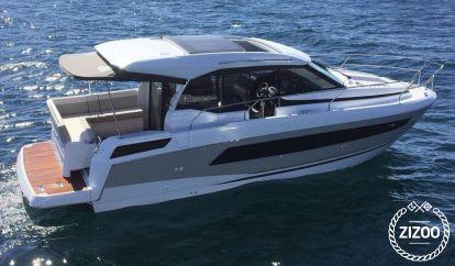 Motor boat Jeanneau NC 33 (2018)