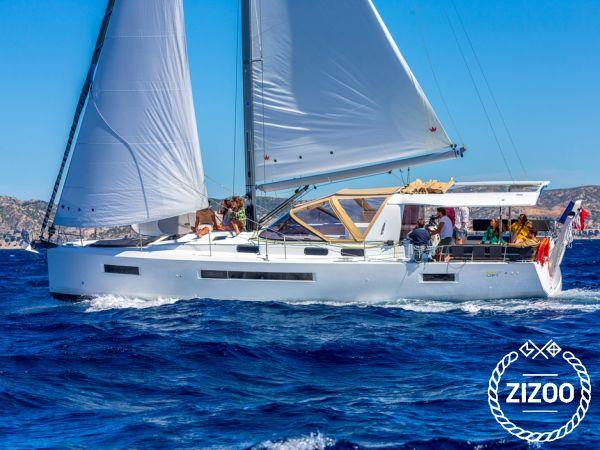 Sailboat Jeanneau Sun Loft 47 (2020)-0