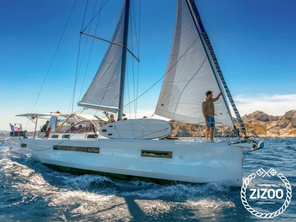 Sailboat Jeanneau Sun Loft 47 (2020)-3