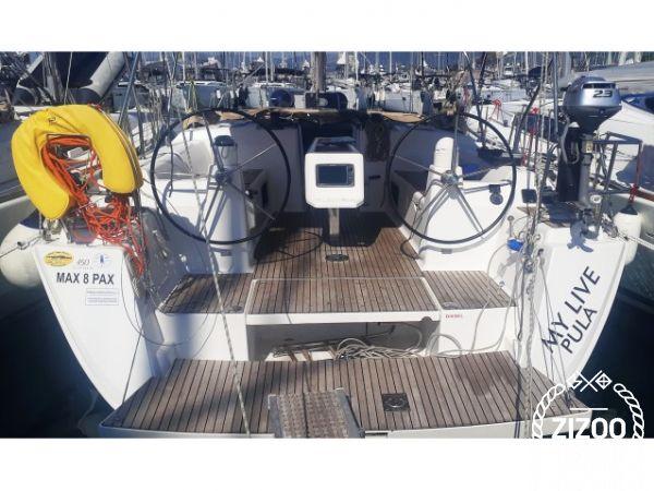 Sailboat Dufour 450 (2015)-0