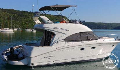 Motorboot Antares 36 Fly (2011)