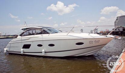 Motor boat Princess V39 (2015)