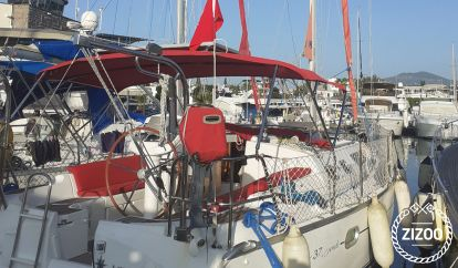 Sailboat Beneteau Oceanis 37 (2006)