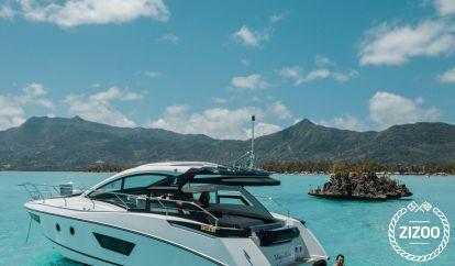 Motor boat Beneteau Gran Turismo 40 (2018)