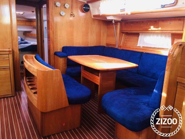 Sailboat Bavaria Cruiser 46 (2007)-3