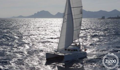 Catamaran Lagoon 380 S2 (2004)
