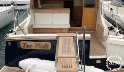 Motor boat Cantieri Estensi 440 Goldstar S (2007)